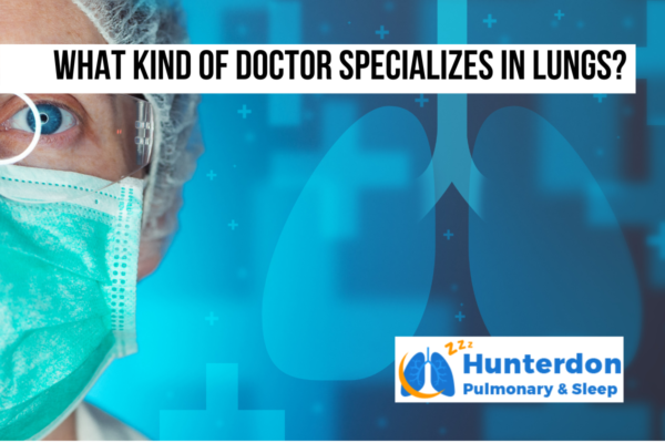 What kind of doctor specializes in lungs_